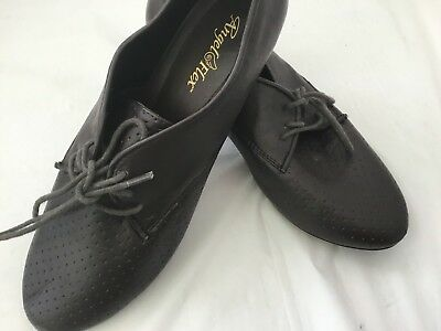 New Angel Flex ADA Women's Oxford Style Brown Dance Shoes Or Daily Wear Size 9M