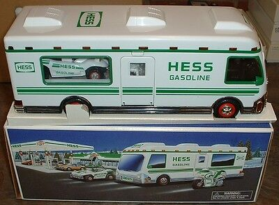Hess Gasoline '98 Recreation Van w/ Dune Buggy and Motorcycle
