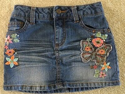 Girls Skirt Denim Size 6 Mudd Brand with embroidery design and waist adjusters
