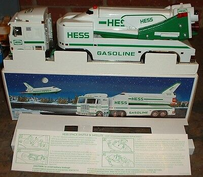 Hess Gasoline '99 Space Shuttle Truck