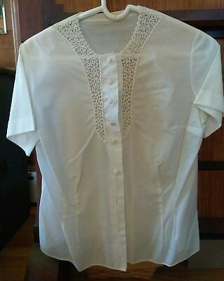 Vintage Cream White, Fine Cotton Blouse, handmade lace, size small fitted Shirt