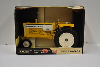 1/16 Minneapolis Moline G-750 Tractor New in Box by Ertl