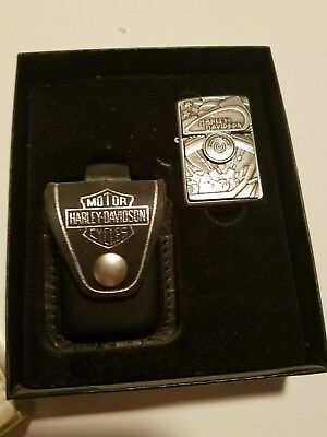 Harley Davidson Zippo and Leather Case Gift Set