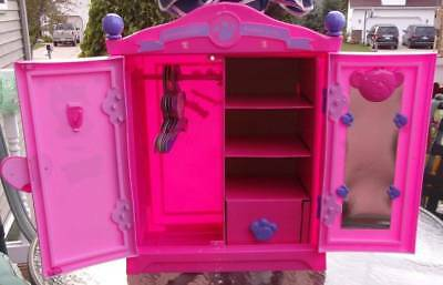 Build A Bear BearArmoire Pink Fashion Case Closet Armoire 6 Hangers