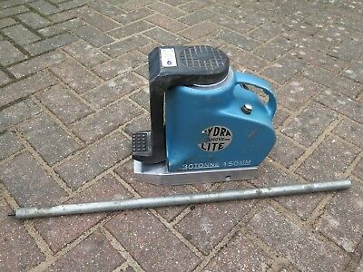 Tangye Hydralite 30ton hydraulic toe jack with 12ton claw and handle, excellent