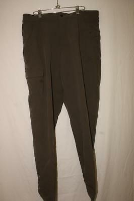 MOUNTAIN HARDWEAR Mens size Large quality pants VERY NICE!!