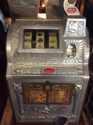 Vintage Mills  goose neck handle  Liberty Bell 1776 Slot Machine (25) cent