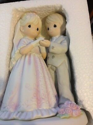 Precious Moments 2005 From This Day Forward Bride Groom Wedding Figurine 550027