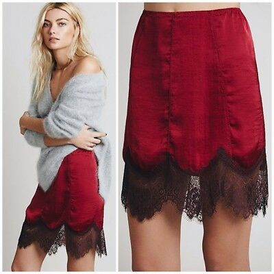Free People Short But Sweet Half Slip Size Medium Burgandy Red