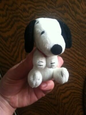 Vintage Wendys toy Peanuts 50th anniversary SNOOPY hugger plush clip on movable