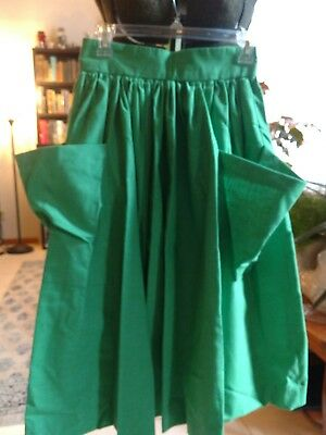 1940's/50's vintage green big pocket gathered full skirt, zipper back hand sewn