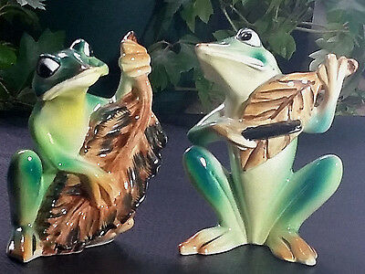 Vintage Pair of Music Leaf Playing Frogs Ceramic Figurines Cello Violin Fiddle