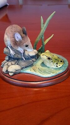 Border fine arts - Mouse and Frog A1494