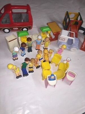 Vintage Little Tikes Dollhouse Furniture People Van Pretend Play Toy 30pc  Lot