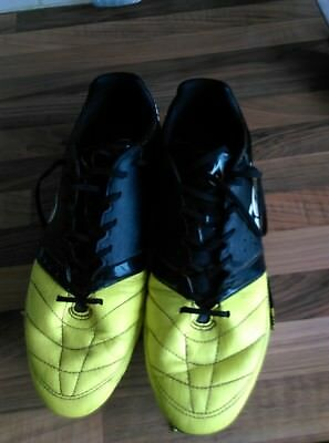 Rugby Boots size 10 Canterbury black n lime green used but really clean conditio