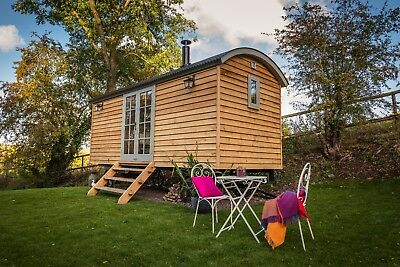 Fantastic Shepherds Hut Holiday Available Throughout Year
