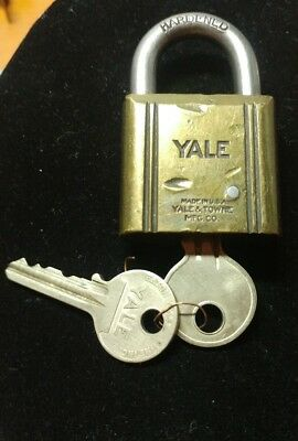 Vintage Yale & Towne Brass Padlock With 2 Key's (UR #1096) Works Great!
