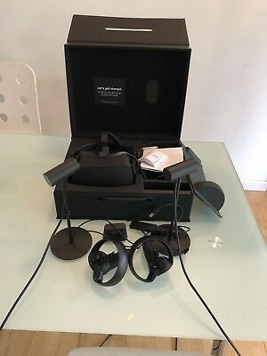 Oculus Rift VR Bundle: 2 Touch Controllers, 2 Sensors, and Xbox wireless sensor