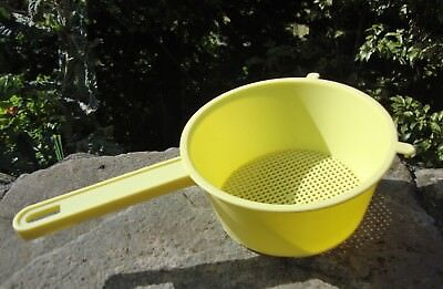 Vintage 1950's Primrose Yellow Plastic Sieve - Superb Condition - Retro Kitchen