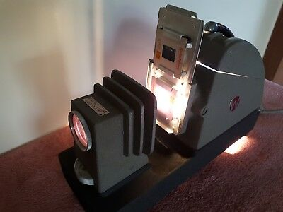 Vintage Waterworth & Bessell Slide Projector. With Case. Working.