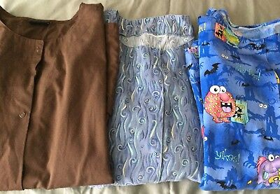 Womens Scrubs Jackets Size Large (Lot of 3)