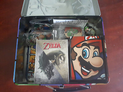Nintendo paraphernalia: trading cards/dog tags/coins Assorted