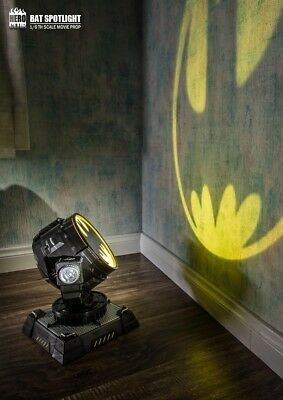 Batman Bat Signal Spotlight Hero Club 1/6 Scale LED Movie