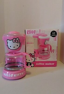 Hello Kitty Pink Coffee Maker Pot APP 36209 Drip Brewed 5 Cup Auto Off 550W