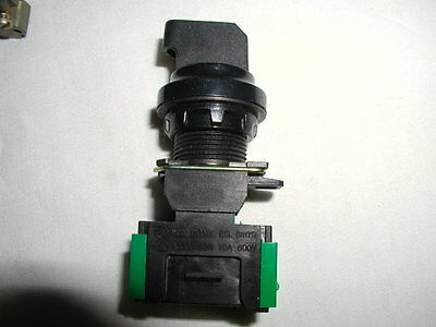 Advance Controls Maintained 3 position Selector Switch (22 mm)