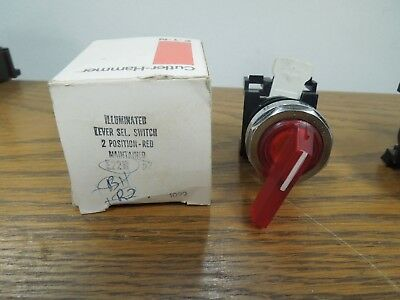 Cutler-Hammer E22W52 2 Position Illuminated Red Lever Selector Switch Surplus