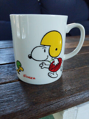 "Snoopy & Woodstock Peanuts Schulz Football ""Touchdown"" Mug 1958/1965"