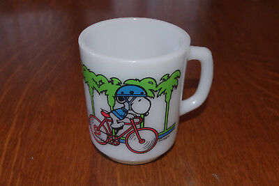 VINTAGE Peanuts Snoopy PEDAL POWER Coffee Mug Cup - 1958 - Bicycle C. Schulz