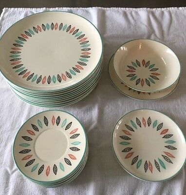 1950s Marcrest Nordic Mint Hand Decorated Made In America Dinnerware