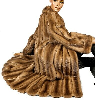 L great soft mink fur coat striped with leather suede stripes Vison Beige brown