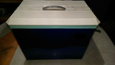 Coolibah Ice Box - Retro Esky early 1970's. Very lightly used -