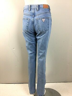 Vtg 90s 00s Womens Guess Logo Jeans Faded Light Blue Wash 27x32 Straight Leg S