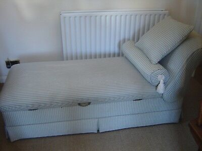 Day Bed With Reclining Headrest ,Lift Up Blanket Storage, Green Striped Fabric