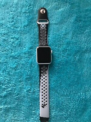 Apple Watch 7000 Series 38mm Silver Aluminum Case/ Platinum + Black Sports Band