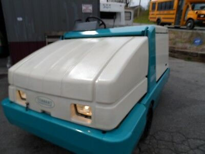 Tennant 6600 Sweeper low hr clean unit fully serviced