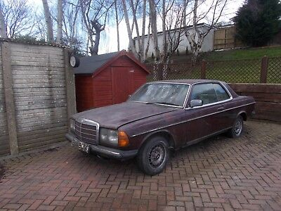 MERCEDES W123 COUPE 230E Converted To 240D Genuine Barn Find Needs  Restoration