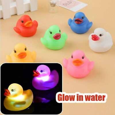 LED Flashing Light Rubber Floating Duck Baby Bath Toy Kids Tub Shower Toys