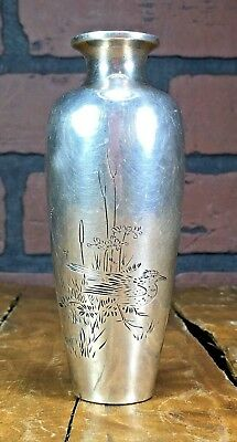 Rare Antique Japanese 58 grams Sterling Silver Meiji Period Vase 4 1/4'' inches