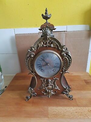 Antique Lenzkirch Clock With Walnut Casing. 395610 With Key.needs Attention.