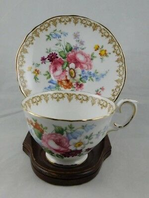 Crown Staffordshire ENGLANDS BOUQUET F15831 Bone China Tea Cup and Saucer