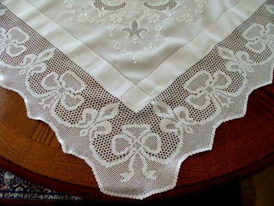 "MAGNIF Antique Linen Lace Tablecloth 57"" FAB Hand Embroidery IRISH Supper Cloth"