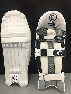 County XCEL 999 Cricket Pads Medium Right Hand