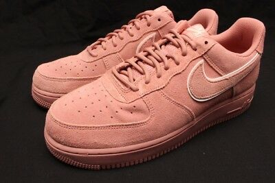 75edc3aca8a8 NEW MEN S NIKE Air Force 1 07 LV8 Shoes (AA1117-601) Red Stardust ...