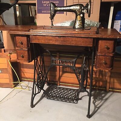 Antique Singer Treadle Sewing Machine W/4 Draw Table G2027831 1910