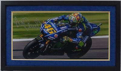 Valentino Rossi Hand Signed Yamaha Motogp Framed Photo Display Proof 10.