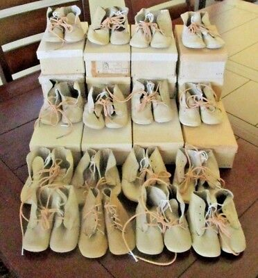 Lot of 16 Vintage Pairs of Leather Baby Shoes by Newton Wiggle Toes with Boxes